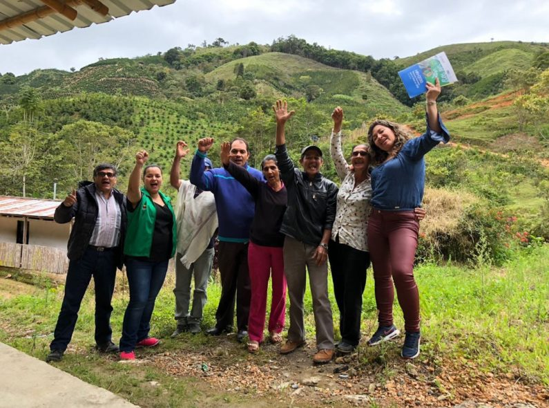 Ivonne Escobar of HRH2030 (right) poses with a group of ICBF social workers, after spending the day with them to evaluate their work in rural Colombian communities.